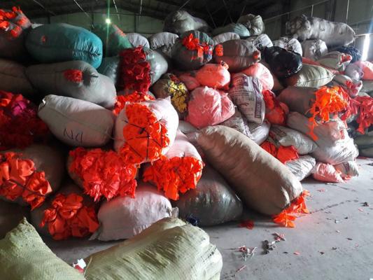 Công ty VHT thu mua phế liệu vải