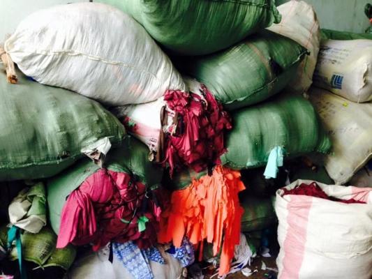thu mua phế liệu vải giá kho
